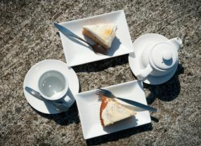 Tea na dcake on a rock at Hebridean Jewellery, South Uist