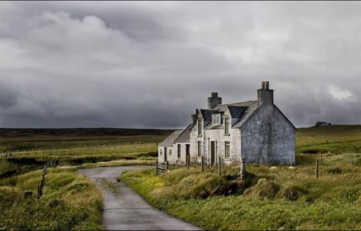 The Black House by Peter May, guided tour of the sites in Ness